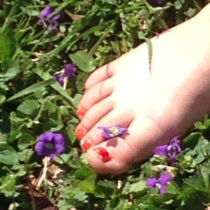Toes and violets